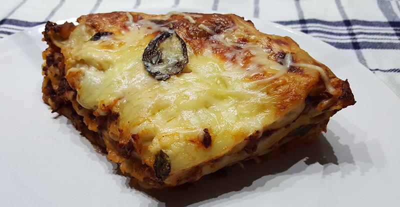 Lasagne bolognese met bechamelsaus | Gewoon een foodblog!