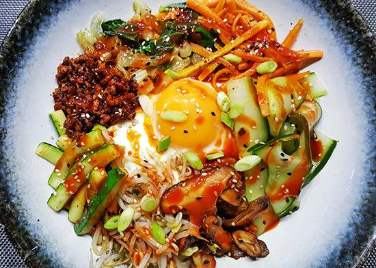 Bibimbap (Koreaanse gemengde rijst) | Gewoon een foodblog!