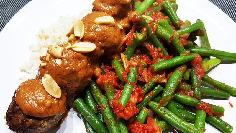 Kruidige sperziebonen met tomaat | Saté | Gewoon een foodblog!