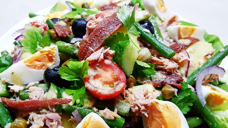 Makkelijk Salade Niçoise recept | Gewoon Een Foodblog!