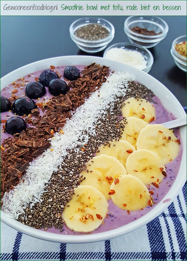 Super Smoothie Bowl in kommetje | Gewooneenfoodblog.nl