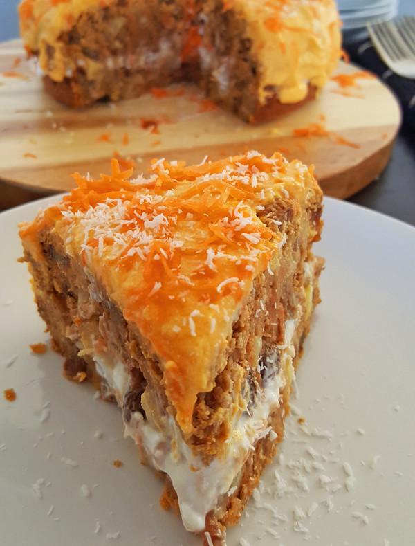 Worteltaart van volkorenmeel (Extra oranje voor Koningsdag!)