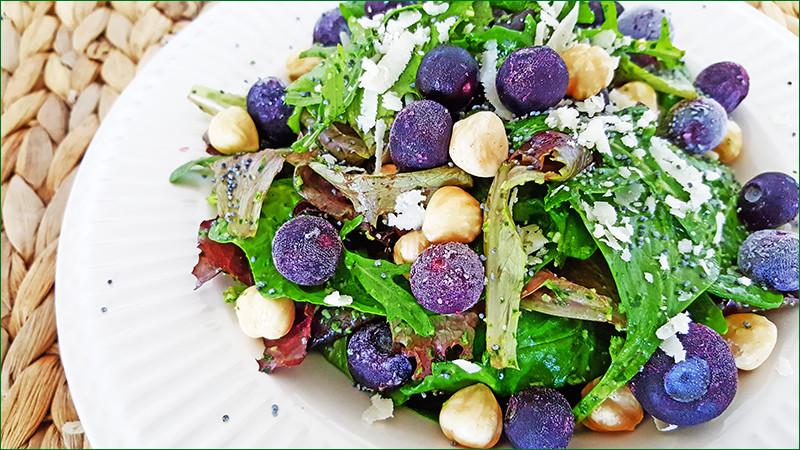 Salade met spinazie-pestodressing | Gewooneenfoodblog.nl