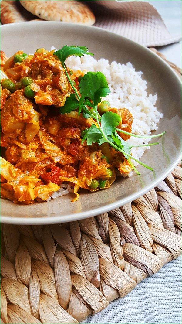 Indiase curry met kip, Chinese kool en yoghurt | Gewooneenfoodblog.nl