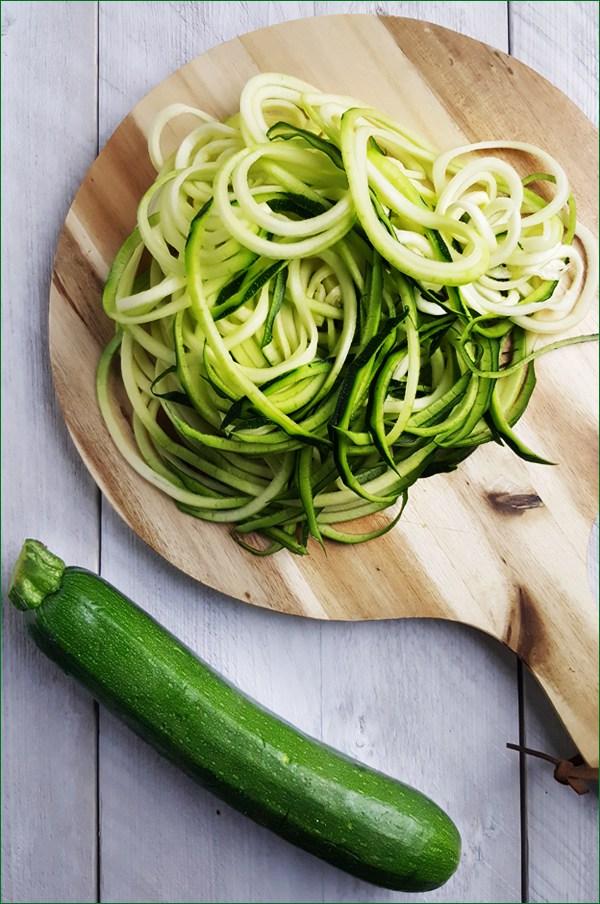 Courgette noedels voor kalkoen met hoisinsaus | Gewoon een foodblog!