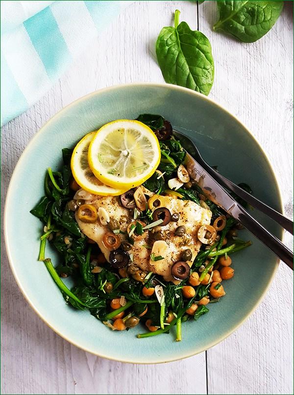 Kabeljauw en papillote met citroen, kappertjes en olijven | Gewoon een foodblog!