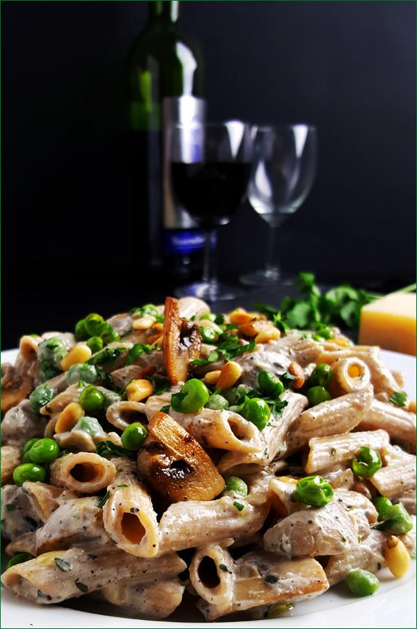 Vegetarische pasta met champignons | Gewooneenfoodblog.nl
