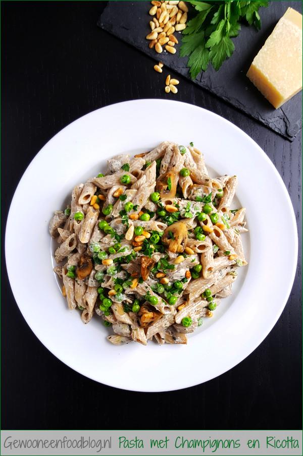 Pasta met champignons, doperwten en ricotta | Gewooneenfoodblog.nl