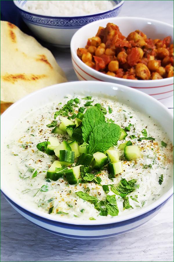 Indiase komkommer raita | Gewoon een foodblog!