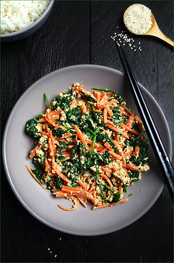 Spinazie wortel shira-ae | Gewooneenfoodblog.nl