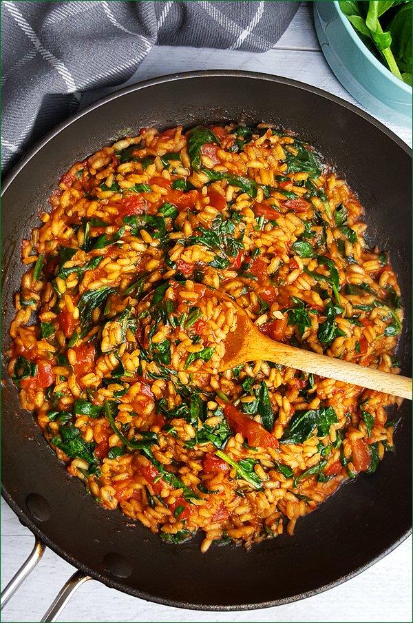 Tomaten risotto met spinazie | Gewoon een foodblog!