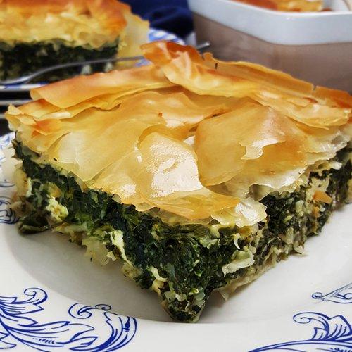 Spanakopita (Griekse taart met spinazie en feta)