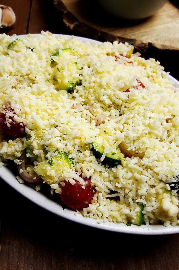 Courgette, krieltjes en tomaatjes ovenschotel | Gewooneenfoodblog.nl