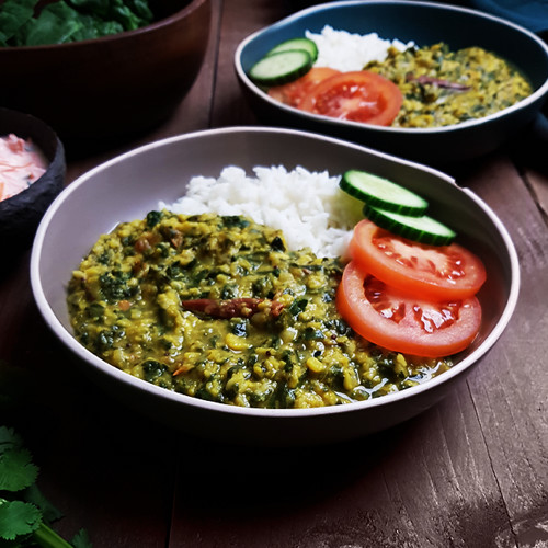 Indiase linzencurry met spinazie (Dal Palak)