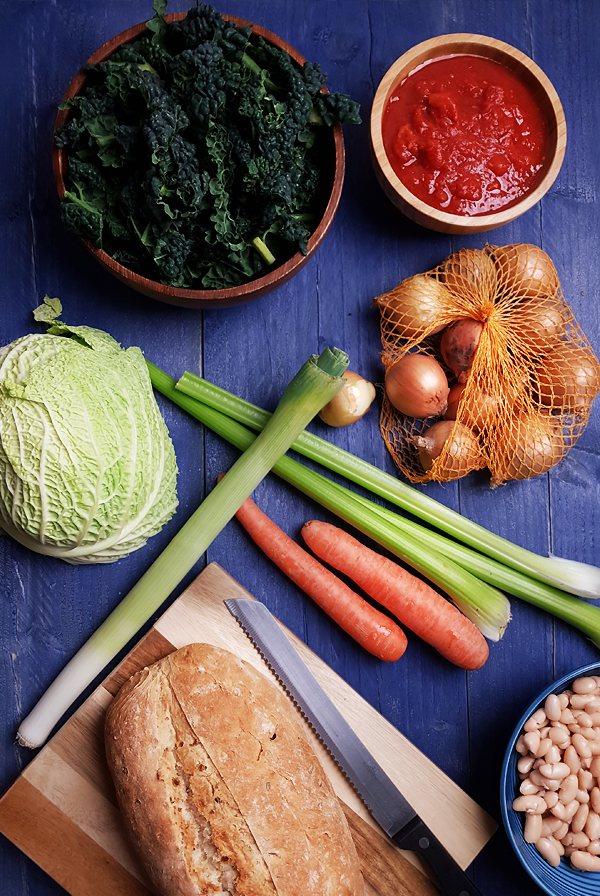 Ribollita maken: Ingrediënten | Gewooneenfoodblog.nl
