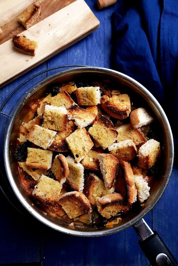 Toscaanse groentesoep met brood | Gewooneenfoodblog.nl