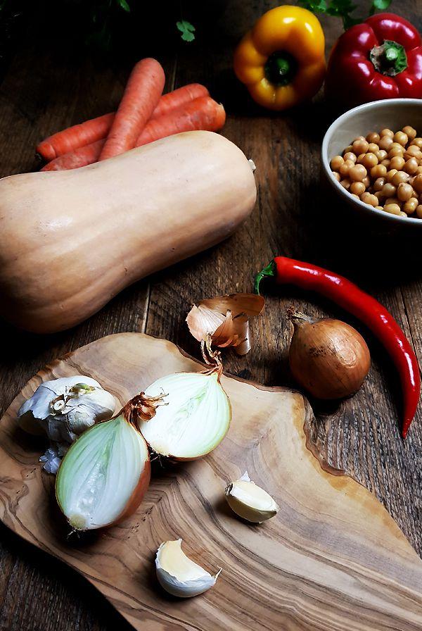 Ingrediënten flespompoensoep met geroosterde kikkererwten | Gewooneenfoodblog.nl