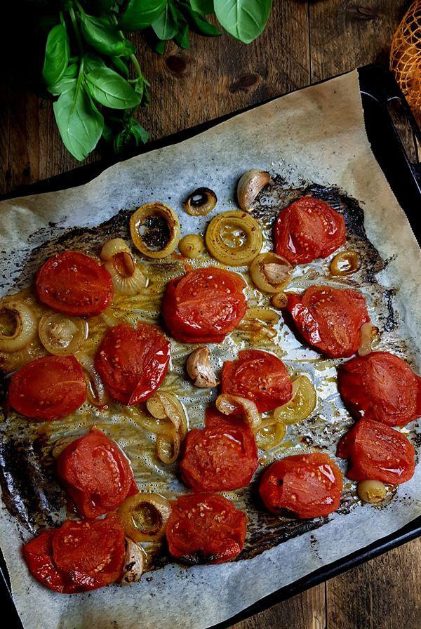 Geroosterde tomaten voor de tomatensoep | Gewooneenfoodblog.nl