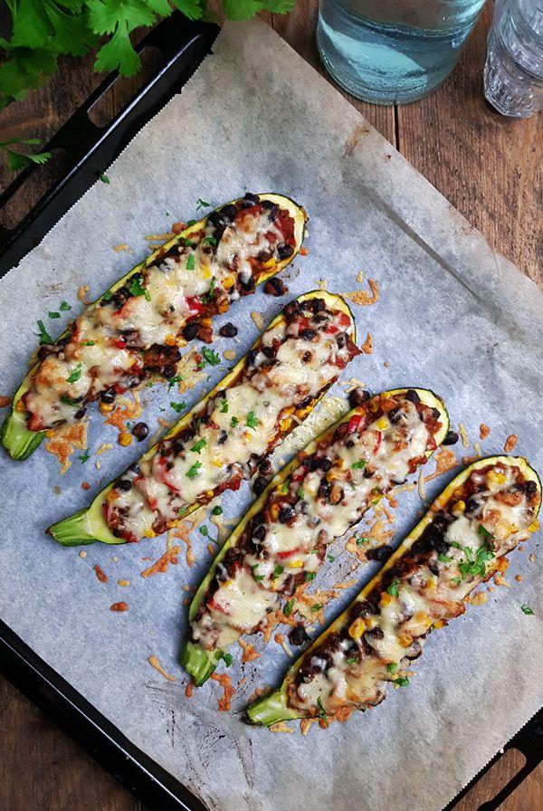 Mexicaanse gevulde courgette bootjes recept | Gewooneenfoodblog.nl