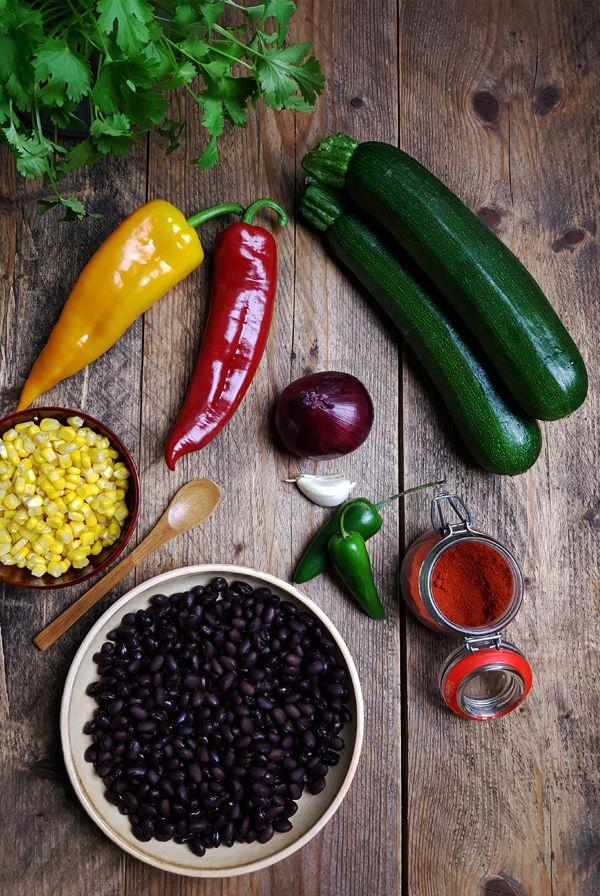 Ingrediënten vegetarische gevulde courgette bootjes | Gewooneenfoodblog.nl
