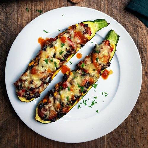 Mexicaanse gevulde courgette bootjes (Vegetarisch)
