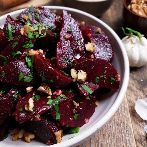 Griekse rode bietensalade (Pantzaria Salata) recept | Gewooneenfoodblog.nl
