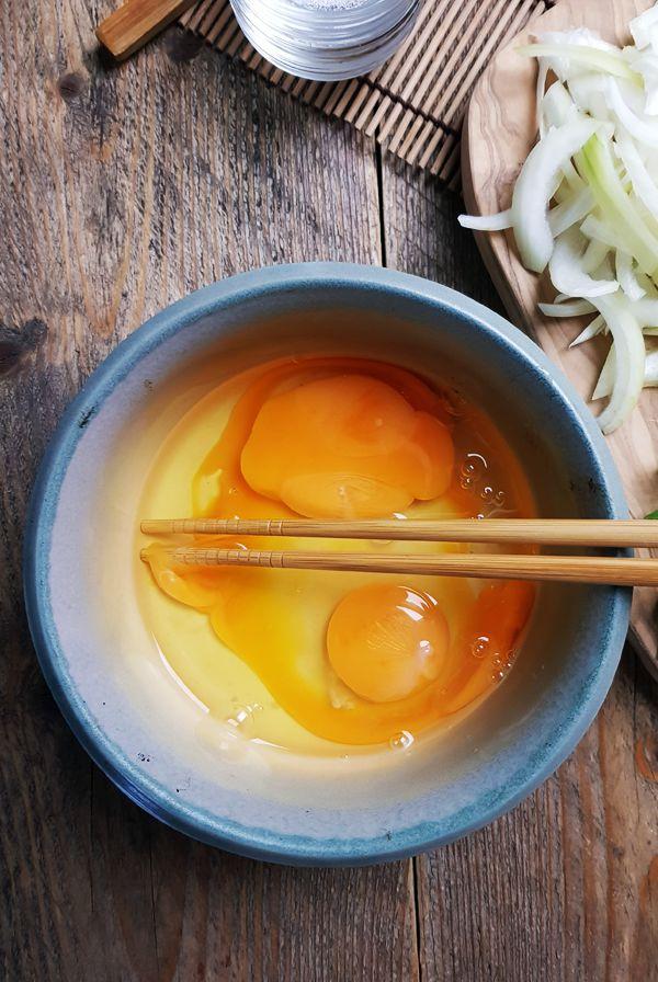 Japanse kip met ei en rijst maken | Gewooneenfoodblog.nl