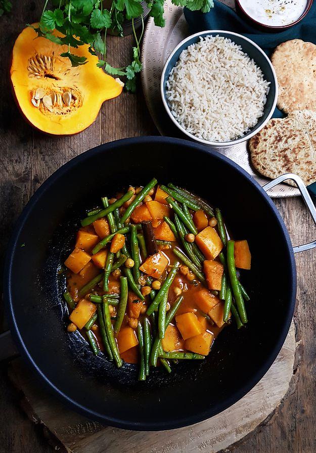 Vegetarische pompoencurry met kikkererwten en sperziebonen - Gewooneenfoodblog.nl